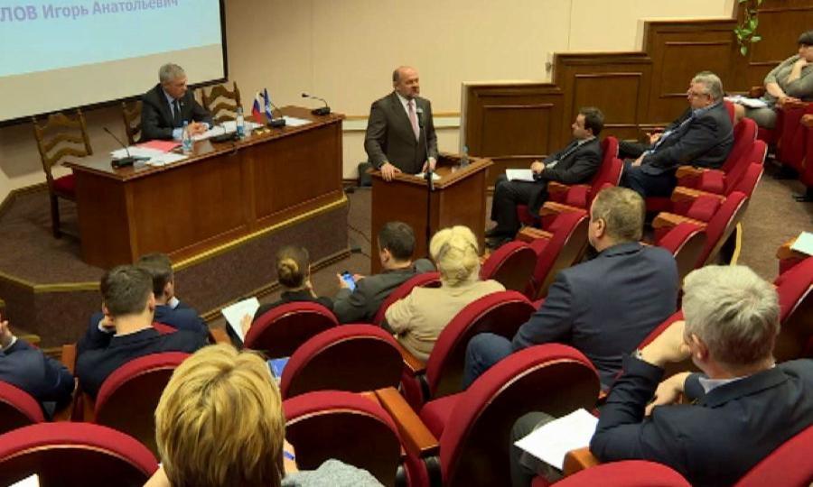 ВИркутске прошло первое совещание организационного комитета «Единой России» попроведению предварительного голосования